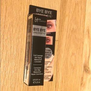 Bye bye under eye. ItCosmeticks . 3.25ml